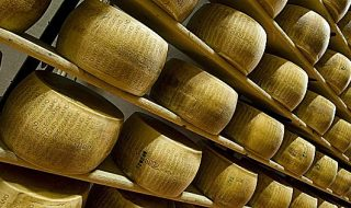 caseifici aperti parmigiano reggiano 2020